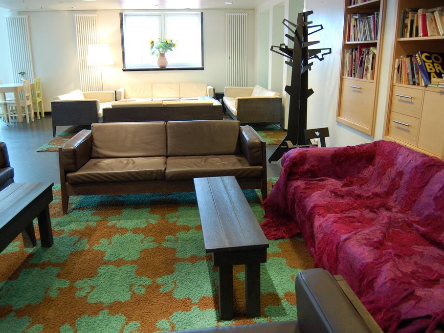 lloyd hotel lounge