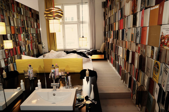 check in soho michael berger etc designtripper. Black Bedroom Furniture Sets. Home Design Ideas