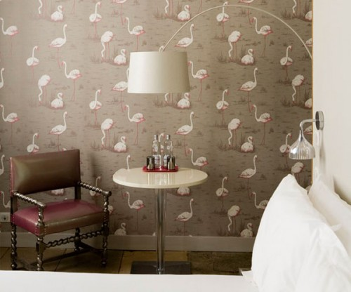Flamingo wallpaper by Cole & Sons in the Flamants Roses room.