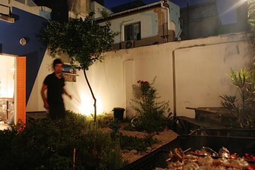 Casa Felix: Outdoor courtyard and garden