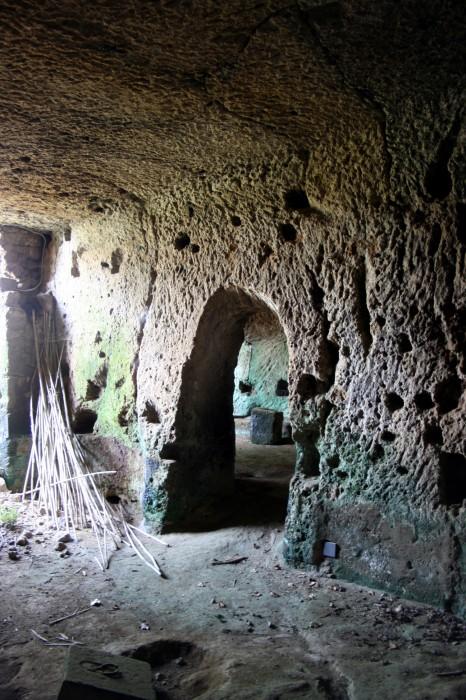civita grotte 1