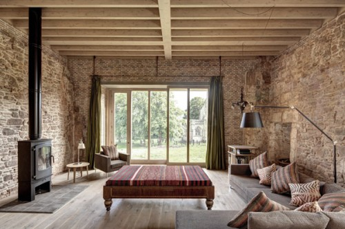 Astley-Castle-living-room-Design-Hunter_edited-1