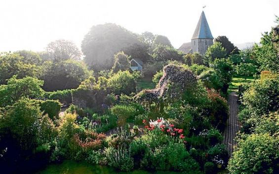 gardens_Caroline Arber